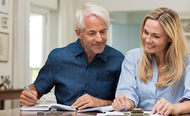 Edad: existen algunas etapas que demandan mayor cantidad de energía y por tanto mayor consumo de calorías